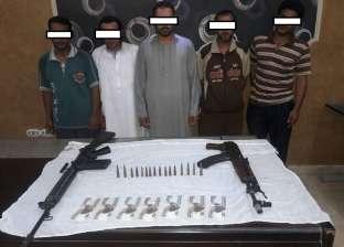 ضبط 9 متهمين بارتكاب أعمال بلطجة وسرقات بالإكراه في المحافظات