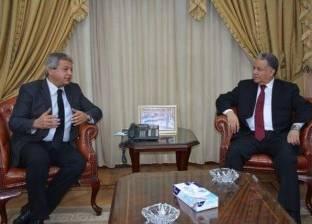 وزير الشباب يلتقي رئيس مجلس الوحدة الاقتصادية بجامعة الدول العربية
