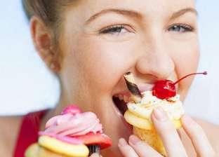 علماء يتوصلون لخلايا الدماغ المسببة للرغبة في تناول السكريات