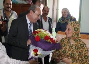 صور| محافظ كفر الشيخ يوجه بتوفير مركز غسيل كلوي استجابة لطلب مواطن