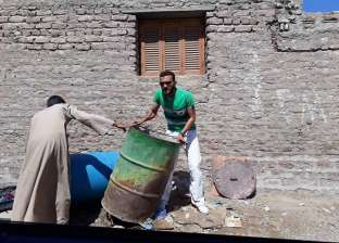 استمرار أعمال حملة مكافحة الحشرات بمدينة سفاجا