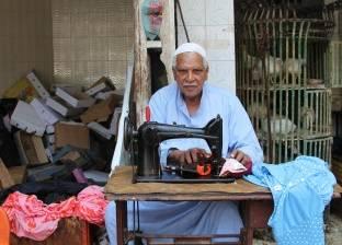 ترزى على الرصيف: الشارع دكانى ورأس مالى «ماكينة خياطة»