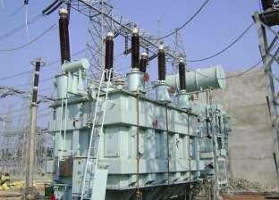 إزالة خط كهرباء مخالف داخل مزرعة غير مرخصة في الداخلة
