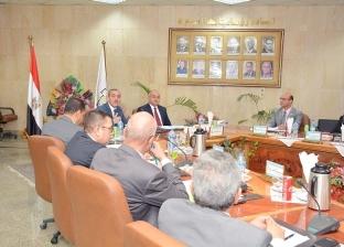 مجلس جامعة أسيوط يعين 8 أساتذة جدد في 4 كليات