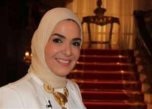 منى عبدالغني: رفضت التمثيل مع أحمد زكي بسبب قبلة محمود حميدة