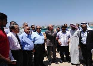 """""""أبو ستيت"""" يتفقد أعمال تطوير وتوسيع ميناء الصيد في جنوب سيناء"""