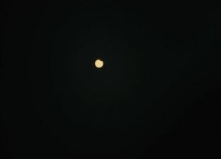 حدث فلكي.. اقتران القمر مع كوكب المريخ