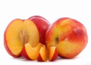 ضبط 5 أطنان ثمار خوخ غير صالحة للاستهلاك الآدمي بالبحيرة