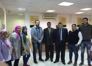 """طلاب """"إدارة الأعمال"""" بجامعة النهضة في زيارة لجهاز تنمية المشروعات"""