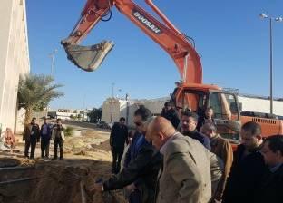 محافظ الفيوم يتفقد أعمال صيانة محطة العزب الجديدة لمياه الشرب