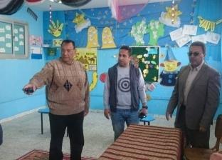 بالصور| رئيس مدينة رأس البر يتفقد لجان الاستفتاء على الدستور