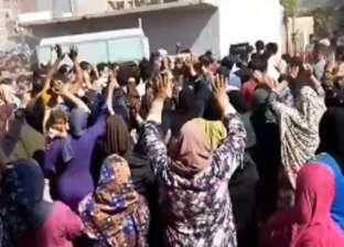 """تشييع جنازة قتيل """"تلبانة"""" بالدقهلية وسط زغاريد نساء القرية وإجراءات أمنية مشددة"""