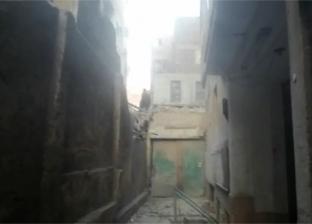 سقوط عقار قديم بشارع عبدالعزيز دون ضحايا