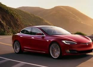 """سيارة """"Roadster"""" لشركة تسلا ستتمكن من الطيران قريبا"""