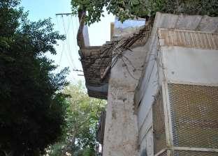 سقوط أجزاء من بلكونة عقار بحي المنتزه أول بالإسكندرية