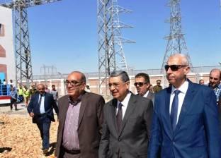 وزير الكهرباء يتابع مع رئيس توزيع القناة الخطة الاسثمارية للشركة