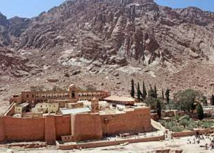 مدير أمن جنوب سيناء: فرد أمن أطلق النار بالخطأ في حادث سانت كاترين
