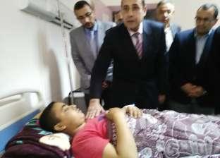 محافظ شمال سيناءيزور المصابين وينقل الحالات الحرجة للمستشفى العسكري