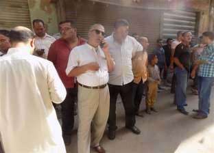 رئيس مدينة ميت غمر يحاول احتواء غضب الشباب بعد أزمة مع مساعده