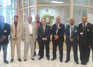 وزير المالية يشيد بمظهر العاملين في جمارك مطار أسوان