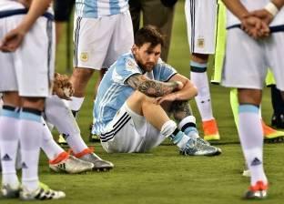 رئيس الأرجنتين يأمل أن يعدل ميسي عن قرار اعتزاله اللعب الدولي