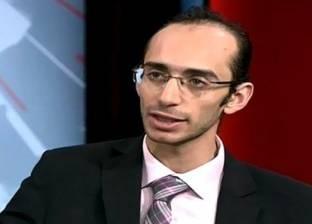 محمد عبد العزيز: الدستور يحتاج إلى تفعيل.. ومصر محور المنطقة