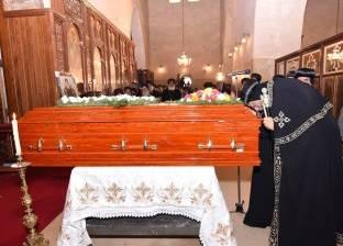 بالفيديو| بعد تشيع جثمانه.. رئيس دير الأنبا مقار توقع وفاته قبل أيام