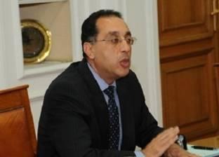 رئيس مدينة العبور: طرح تشغيل شبكة إنارة طريق مصر -الإسماعيلية الصحراوي