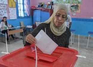 لحظة بلحظة من أمام اللجان.. هكذا تابعت الإذاعات التونسية الانتخابات