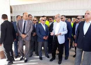 رئيس الوزراء يتفقد أعمال تطوير محطة السكة الحديد ببورسعيد