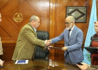 بعد 3 سنوات من النزاع .. كفر الشيخ توقع عقد أول مدرسة دولية
