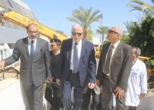 بالصور| محافظ جنوب سيناء يتفقد مستشفى شرم الشيخ الدولي