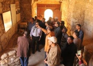 """رئيس """"الآثار الإسلامية"""" يتفقدالقصير بالبحرالأحمر لدراسة تطوير المدينة"""