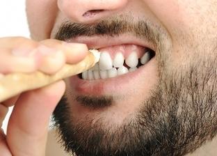 تعرف على حكم تبييض الأسنان.. الإفتاء تجيب