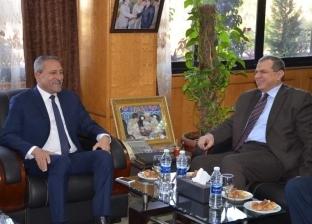 محافظ الإسماعيلية يستقبل وزير القوى العاملة لافتتاح ملتقى تشغيل الشباب