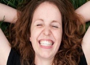 واقعة غريبة في بريطانيا.. سيدة ماتت من الضحك