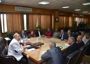 محافظ الإسماعيلية يلتقي أعضاء مجلس إدارة نقابة المهن الرياضية