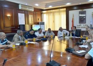 محافظ الأقصر يناقش مشكلات مستشفى أرمنت مع رئيس أمانة المراكز الطبية