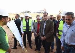 """رئيس الوزراء يتابع أعمال تطوير """"جزيرة الوراق"""" وتوفير الخدمات للسكان"""