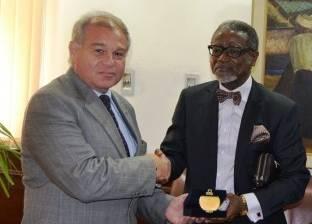 """رئيس جامعة الإسكندرية يبحث إنشاء درجة علمية مشتركة مع """"بورت هاركورت"""" النيجيرية"""