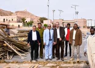 محافظ أسوان يتفقد الاستعدادات الخاصة لمنتدى الشباب العربي الإفريقي