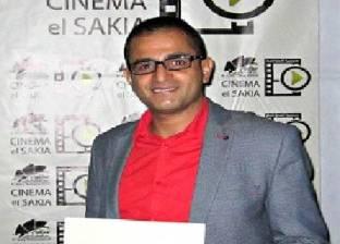عبدالفتاح فرج يحصد جائزة أفضل سيناريو بمهرجان الساقية