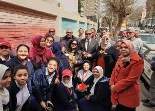 """""""حسين"""" يتفقد مبادرة """"المنيا أجمل مدينة"""" بمدرسة """"الشهيد محمد وحيد حبشي"""""""