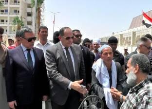 محافظ سوهاج ومدير الأمن يتقدمان الجنازة العسكرية لشهيدي الوطن في سيناء
