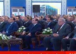"""السيسي عن مشروعات """"مياه الشرب"""": شغالين.. مش عاوزكوا تقولوا مخدوش بالهم"""