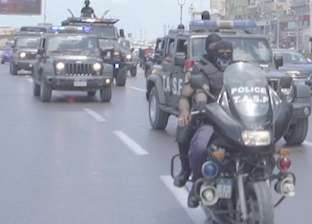 القبض على 3 أجانب ومصري بتهمة النصب والتزوير