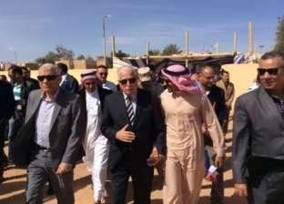 بالصور| فوده يوجه بإقامة مظلات أمام مقر المركز الانتخابي بمدينة أبوزنيمة