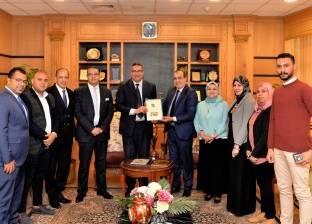 """""""مصر الخير"""" توقع بروتوكول تعاون مع جامعة المنصورة في القطاع الطبي"""