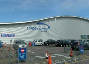 بالفيديو.. مياه الأمطار تغرق مطار لوتون في بريطانيا