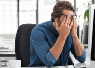 دراسة: إجهاد منتصف العمر يقلص الدماغ ويجعل الذاكرة أسوأ
